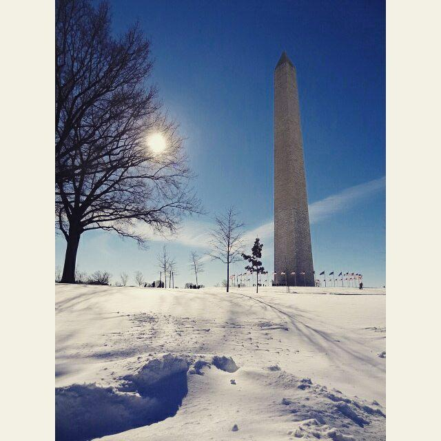 Washington Monument in the snow Isnt it beautiful against thehellip