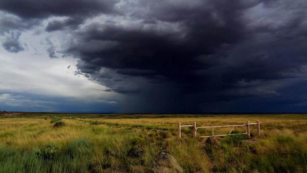 Travel Photography: Storm over Arizona