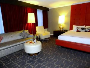 Hotel Rouge in Washington DC Room