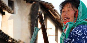 Travel Photography: Chinese Gondoliera in Suzhou