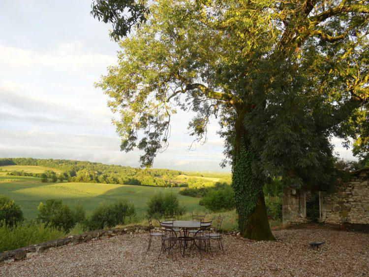 Beginning French - Dordogne France