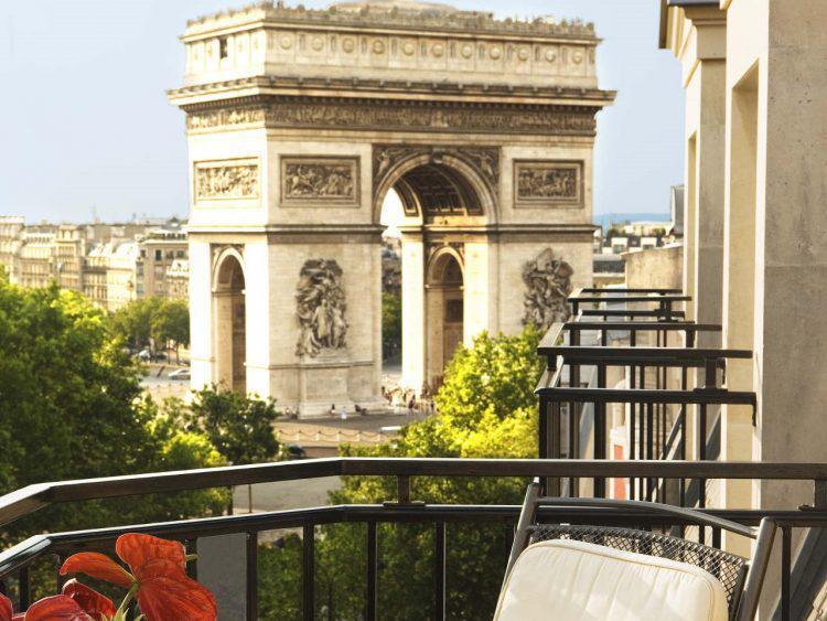 Click to enter Giveaway (Paris)